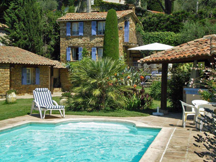 Provençal detached house in Contes