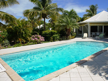 The swimming pool of the holiday rental Villa at Saint-François ,Guadeloupe