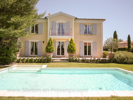 Detached villa in Mallemort