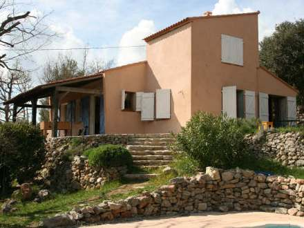 Provençal detached house in Bras