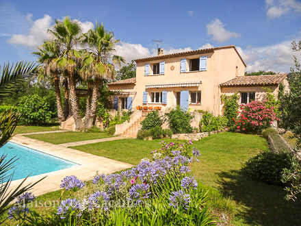 Detached villa in St Cézaire sur Siagne