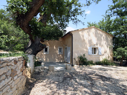 Detached villa in Rustrel