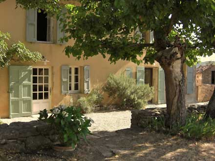 Luxury villas for rent from maisons en vacances - La maison de provence ...