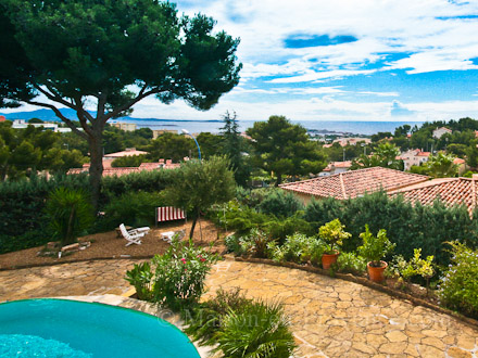 Detached villa in Bandol
