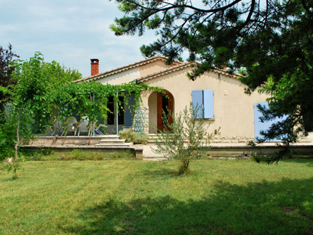 Detached villa in Saumane de Vaucluse