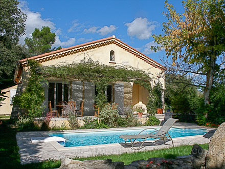 Detached villa in Sauveterre