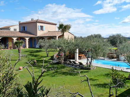 Detached villa in Roquemaure